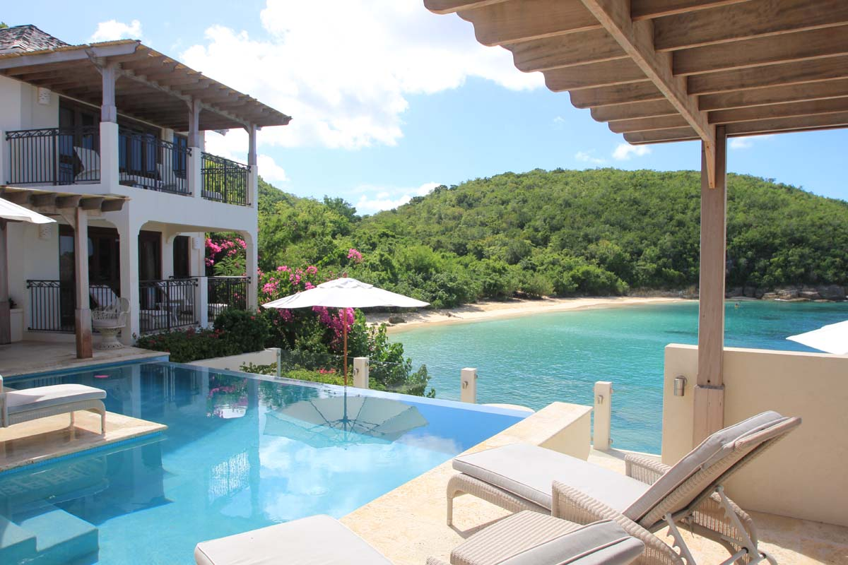 Luxury Villa In Antigua