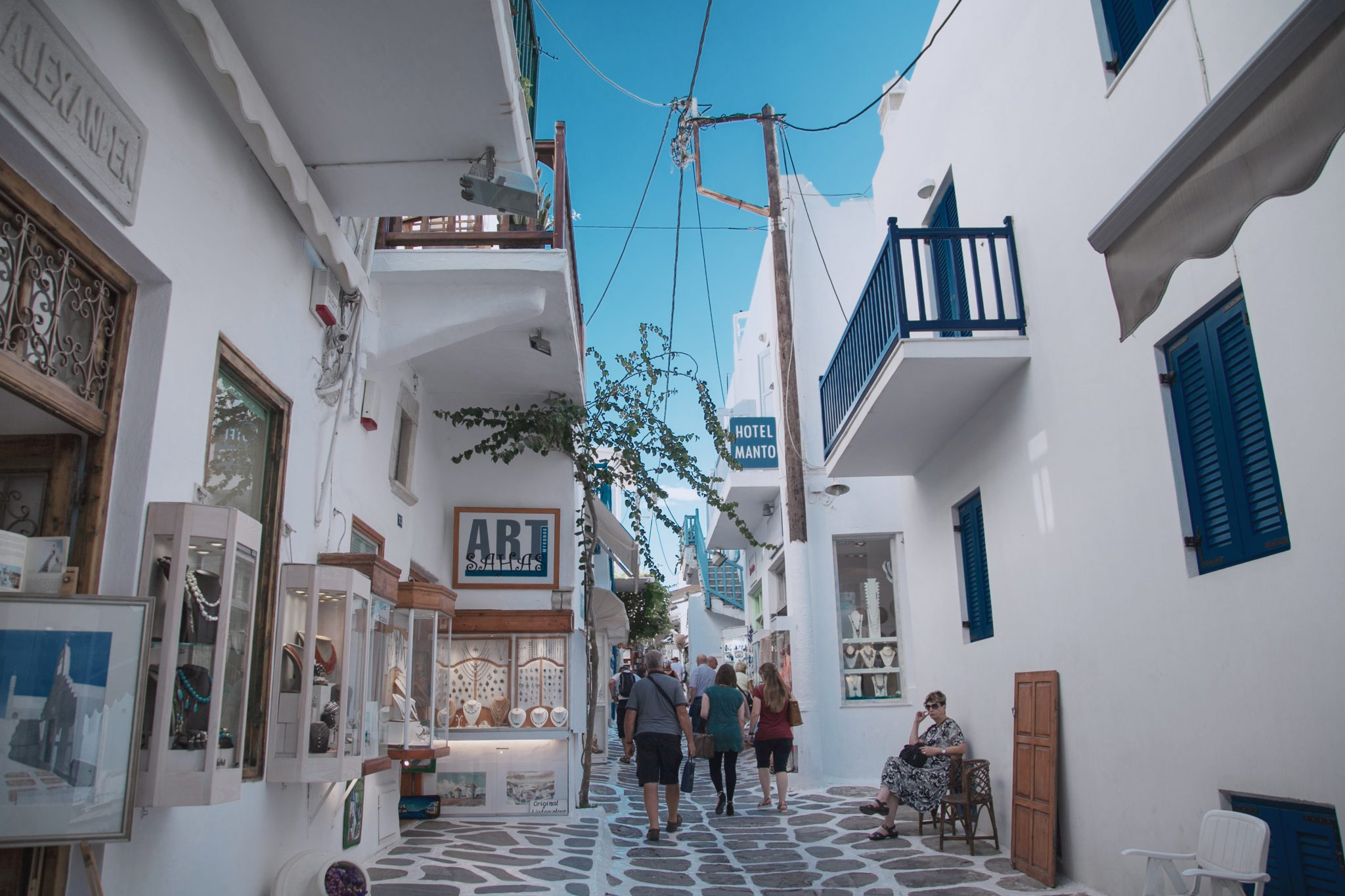 shopping in mykonos