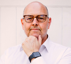 Simon Rowland - Villa Hire Expert